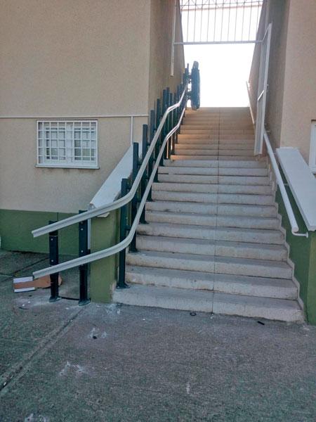 eğimli dış mekan engelli asansörü