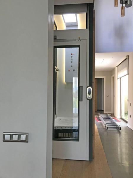 kabinli ev asansörü