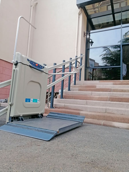 platformlu merdiven asansörü