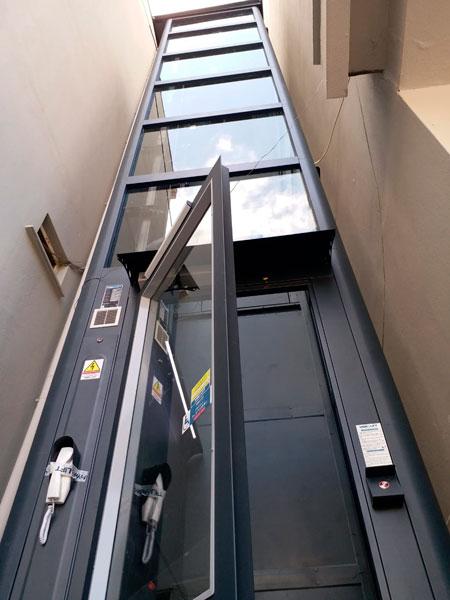 vidalı engelli asansoru
